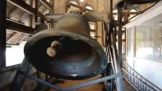Volée des cloches de la collégiale de Nivelles, le 4 octobre 2014, la veille du Tour-Sainte-Gertrude.