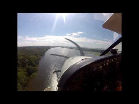 Amazônia - Pouso do Caravan Anfíbio em Anamã