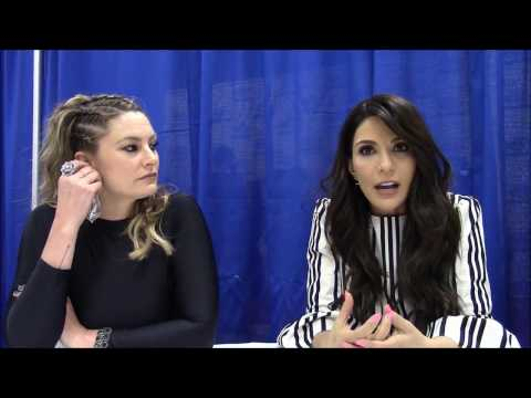 Riverdale - Madchen Amick, Marisol Nichols Interview (WonderCon 2017) (видео)