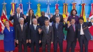 El Mercosur instó el viernes al gobierno de Venezuela a restablecer el orden institucional y el Estado de derecho, en una declaración de su cumbre presidencial en Mendoza, Argentina.