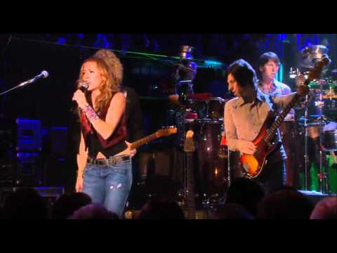 "Sheryl Crow – ""Gasoline / Gimme Shelter"" (Live, 2008)"