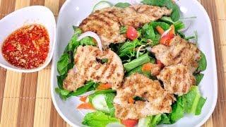 [Thai Food] Lemongrass Pork Salad (Salad Mu Ta Krai)