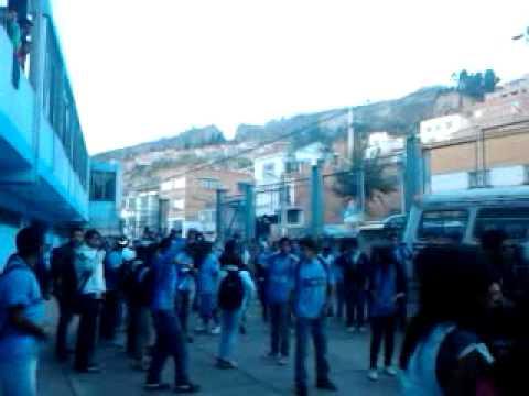 Vengo con los Capos de Tembla - La Vieja Escuela - Bolívar