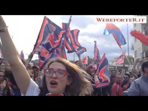 Festa Crotone per la storica promozione in Serie A