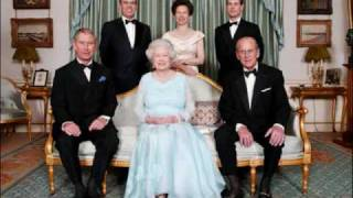 Video The Queen and Her Family MP3, 3GP, MP4, WEBM, AVI, FLV April 2018