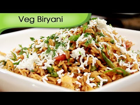 veg - Quick Veg Biryani - Easy To Cook Biryani Recipe by Ruchi Bharani [HD] INGREDIENTS- 2 & 1/2 cups boiled rice 1/2 green capsicum cut lengthwise 1 onion cut len...