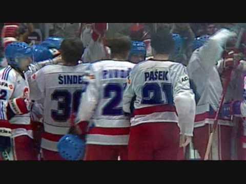 Československý hokej aneb valící se pohroma na soupeře