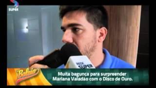 BALAIO - Alex Passos Surpreende Mariana Valadão Com Discos De Ouro