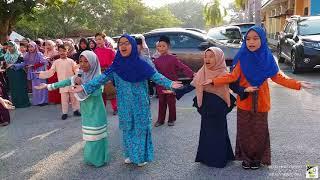 Video Lebaran di SK Teluk Ketapang : Lagu Syantik Raya   28-6-2018 MP3, 3GP, MP4, WEBM, AVI, FLV Agustus 2018