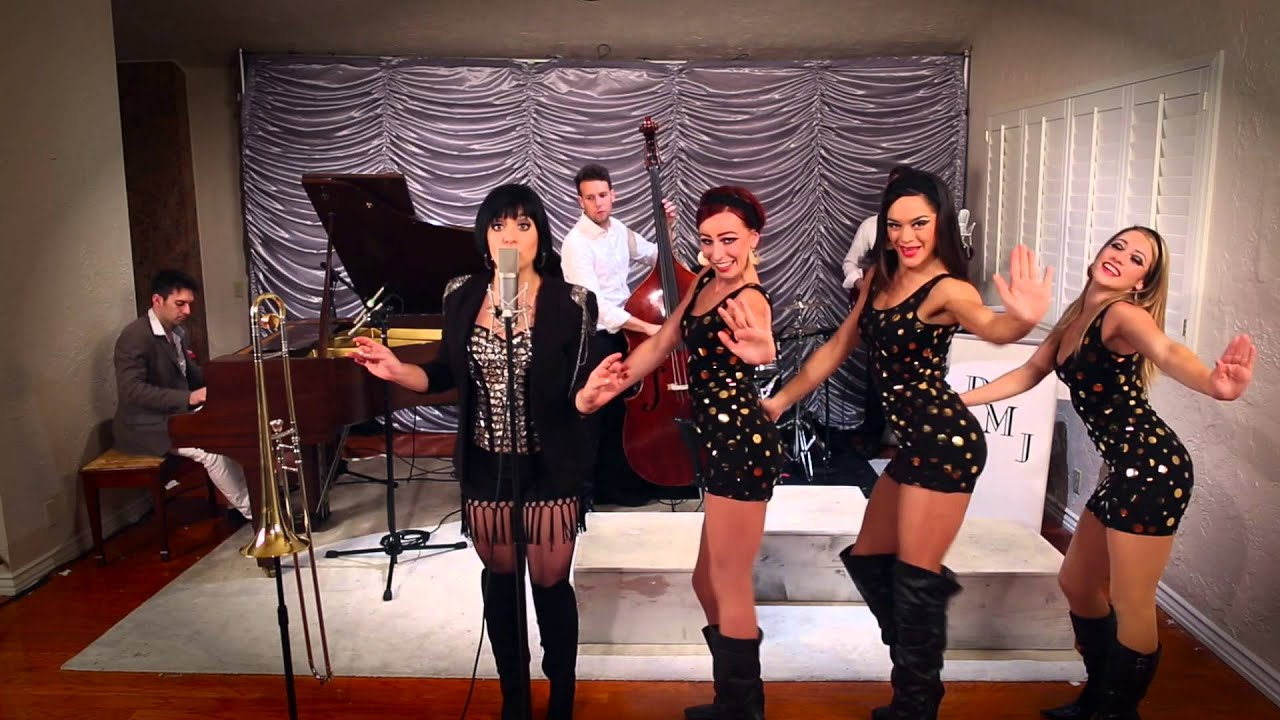Give It Away – '60s 'Austin Powers' – Style RHCP Cover ft. Aubrey Logan