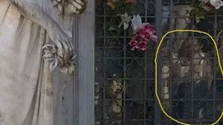 El Escalofriante Caso Del Niño Fantasma Del Cementerio