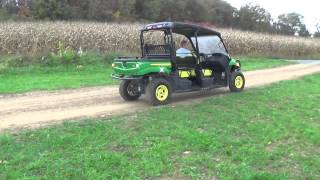 8. 2011 JOHN DEERE GATOR XUV 550 S4 4X4...LIKE NEW!!