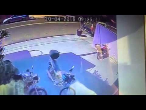 Ladrão é flagrado furtando moto e vai para a cadeia