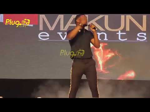 SEE MC SHAKARA ON STAGE THRILLS AUDIENCE - Naija Comedy - Nigerian entertainment