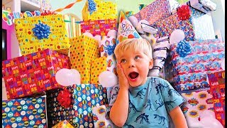 Video BIRTHDAY PRESENT SURPRISE ROULETTE ! REAL GIFTS VS FAKE! - Ollie's 4th Birthday Special MP3, 3GP, MP4, WEBM, AVI, FLV April 2018