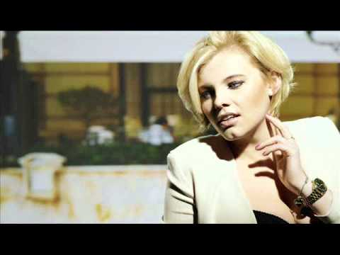 Tekst piosenki Ania Dąbrowska - Souvenir po polsku
