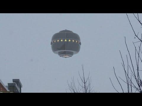 OVNIS se Atacan en Cielo de Nevada 1/3/2018 / Compilación UFO/OVNIS 2018 / Universo Paranormal (видео)