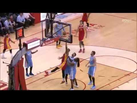 Donatas Motiejunas behind-the-back pass to Terrence Jones