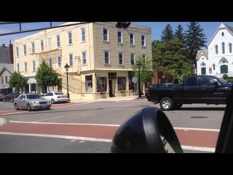 Hingham - Short video of drivers ignoring traffic signs in downtown Hingham, MA.