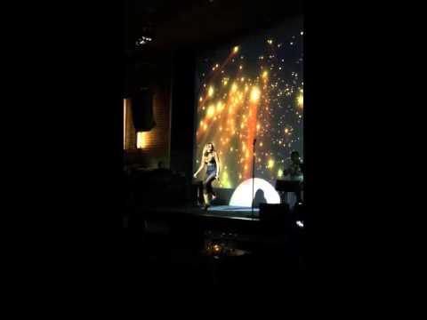 Anh Muốn Em Sống Sao - Vũ Hà - live show Thúy Ngân