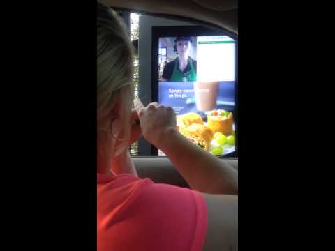 Deaf woman shocked how Starbucks Barista takes her order