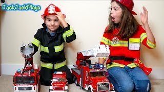Video Pretend Play Cops & Robbers with Police and Firefighter Costumes + Fire Trucks MP3, 3GP, MP4, WEBM, AVI, FLV Juli 2018