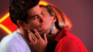 How to Kiss a Guy's Neck | Kissing Tips