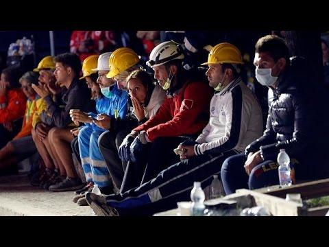 Ιταλία: Κοντά στους πληγέντες της Αματρίτσε ο Ματέο Ρέντσι