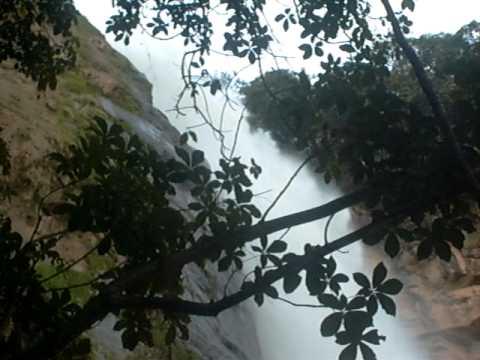 cascata em SUMIDOURO.avi
