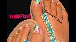 Hi Everyone! Sorry it has been so long, but have computer issues. I hope you all like this toe nail design. This design is inspired by a picture that I saw on Pinterest by Tammy Nail Designs. I couldn't find a video on it, so I created my version of this fun design. Enjoy and be blessed! Kerry :)Catch me on the following sites:http://pinterest.com/vxhoneyxv8 https://www.facebook.com/VxHONEYxV8 https://twitter.com/VxHONEYxV8 http://my.coolnailsart.com/profile/Kerry I have an Instagram as well, but don't know the link just look me up by VxHONEYxV8*Disclaimer*I was not paid to use any of the products in the video nor am I affiliated with them in any way. I did not receive any of the products for free, they were all bought with my own money