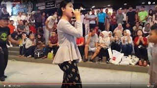 Video semakin rindu semalam asyik-Nurul feat redeem buskers cover Amelina,dangdut asyik MP3, 3GP, MP4, WEBM, AVI, FLV Agustus 2018