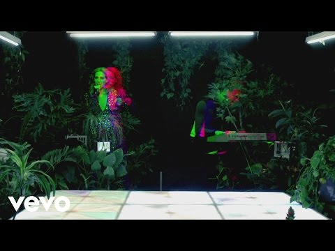 Download MS MR - Painted HD Mp4 3GP Video and MP3