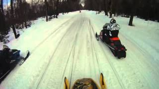 2. Ski Doo REV 800 vs. Arctic Cat Crossfire 800 drag