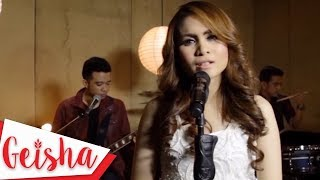 GEISHA  - Acuh Tak Acuh   Karaoke Version