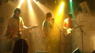 MILKES - mutant that steps into a bath (LIVE in 下北沢MOSAiC 20090308)
