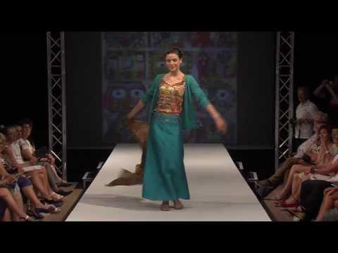 Aventures des toiles - Fashion Show - Summer 2014 видео