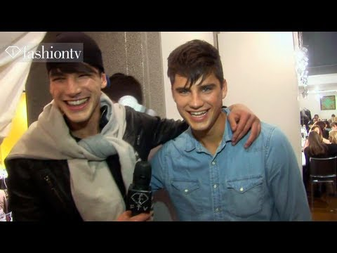 Fashion TV - Versace Fall/Winter 2013-14 BACKSTAGE | Milan Men's Fashion Week http://www.FashionTV.com/videos MILAN - The excitement is reaching its peak at Versace durin...