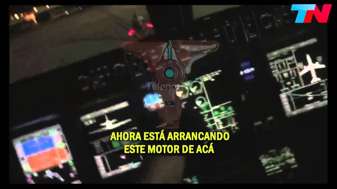 vicky xipolitakis pilotea un avión