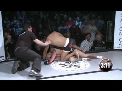 Isso é Capoeira no MMA (видео)