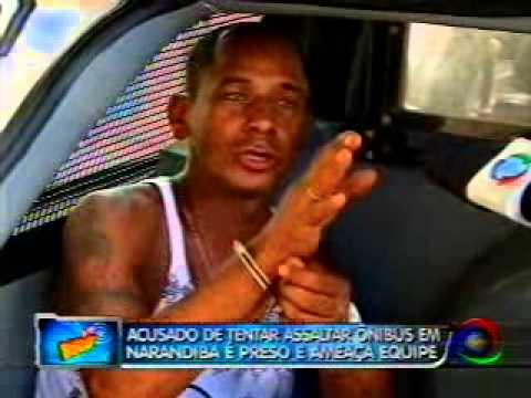 Acusado de tentar assaltar ônibus em Narandiba é preso - 04.03.2011.asf