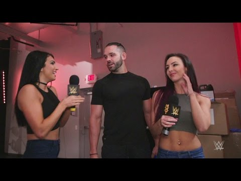 Billie Kay & Peyton Royce seek the perfect vote in the NXT Year-End Awards