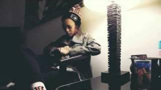 Remy Banks ft. Mars Lovejoy - Clouds