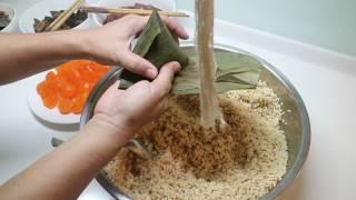 Video 阿嬤ㄟ手路菜 - 台南肉粽 Grandma's specialty - Tainan rice dumpling MP3, 3GP, MP4, WEBM, AVI, FLV Juni 2019