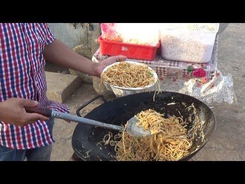 Hyderabadi Spicy 2 Egg Noodles Roadside Preparation | Only 60 Rs Per Plate | Street Food Hyderabad