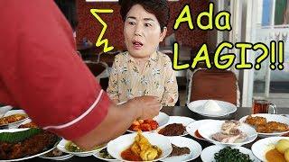Video Mamaku pertamakali coba masakan Padang! (ft. jengkol) MP3, 3GP, MP4, WEBM, AVI, FLV September 2019