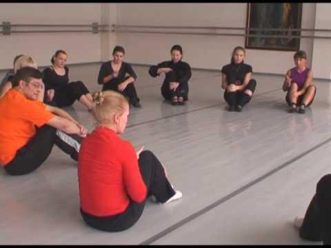 Танцы для детей - мастеркласс Анны Уфимцевой (дети 3-4 года)