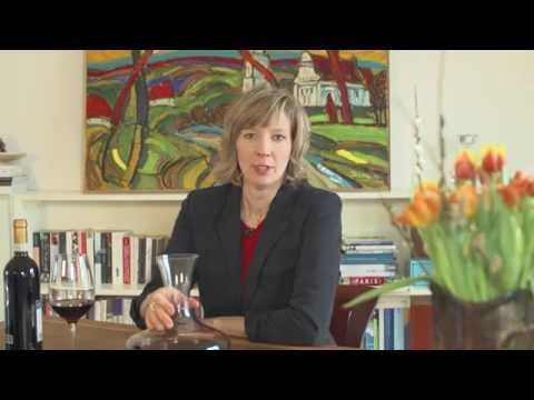 Brittas Weinlatein: Wofür sind Weinkaraffen gut?