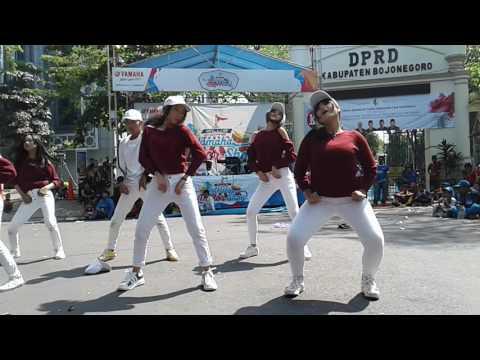 Video Dancer sma jos download in MP3, 3GP, MP4, WEBM, AVI, FLV January 2017