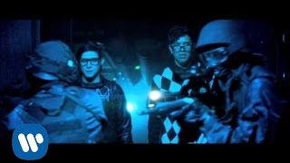 Video SKRILLEX + ALVIN RISK - TRY IT OUT [OFFICIAL VIDEO] MP3, 3GP, MP4, WEBM, AVI, FLV Agustus 2018