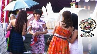Video China's Female Millionaires are in a Matchmaking Frenzy MP3, 3GP, MP4, WEBM, AVI, FLV Agustus 2019
